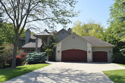 Brookfield Single Family Home Active Contingent With Offer: 16625 Brehon Ln