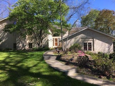 Brookfield Single Family Home For Sale: 14620 W Burleigh Rd