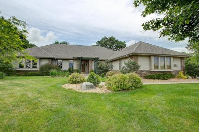 Waukesha Single Family Home For Sale: S31w31584 Harvest View Dr