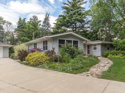 Mequon Single Family Home Active Contingent With Offer: 11521 N Spring Ave