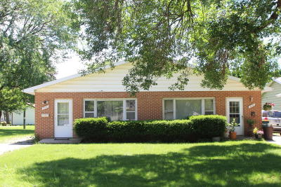 Fort Atkinson Multi Family Home Active Contingent With Offer: 310 Martin St #312
