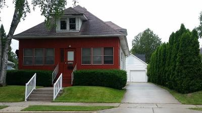 Grafton Single Family Home Active Contingent With Offer: 1107 12th Ave