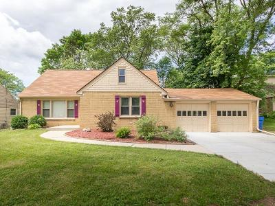 Whitefish Bay Single Family Home For Sale: 6255 N Lydell Ave