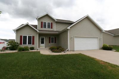 Whitewater Single Family Home For Sale: 271 Amber Dr