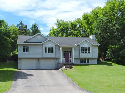 Walworth Single Family Home For Sale: 515 Lakeview Dr