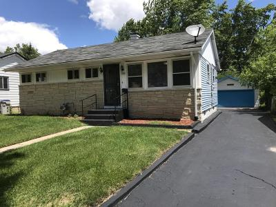 Milwaukee Single Family Home Active Contingent With Offer: 7516 W Sheridan Ave