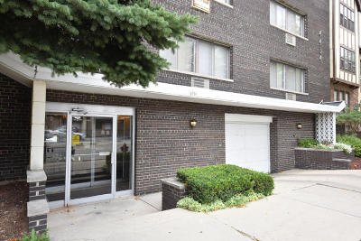 Shorewood Condo/Townhouse Active Contingent With Offer: 4434 N Oakland Ave #304