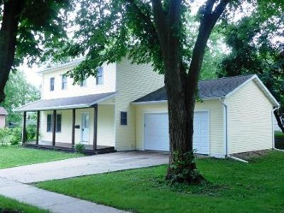 Whitewater Single Family Home For Sale: 350 S Cottage St
