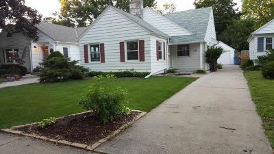 Whitefish Bay Single Family Home Active Contingent With Offer: 1016 E Henry Clay St