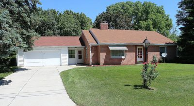 Thiensville  Single Family Home Active Contingent With Offer: 334 Washington Ct