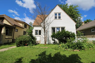 Milwaukee County Single Family Home For Sale: 5367 N 38th St
