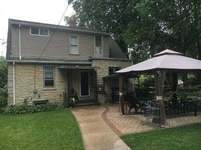 Brookfield Single Family Home For Sale: 12630 W Greenfield Ave