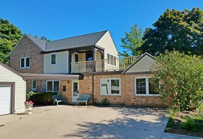 Mequon Single Family Home For Sale: 10851 N Port Washington Rd