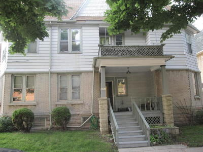 Milwaukee WI Two Family Home For Sale: $209,000