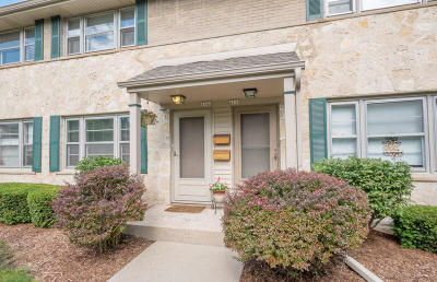 Whitefish Bay Condo/Townhouse Active Contingent With Offer: 4846 N Shoreland Ave