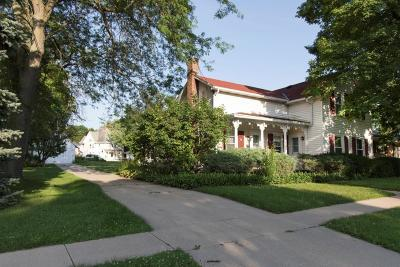 Fort Atkinson Single Family Home Active Contingent With Offer: 503 S Main St