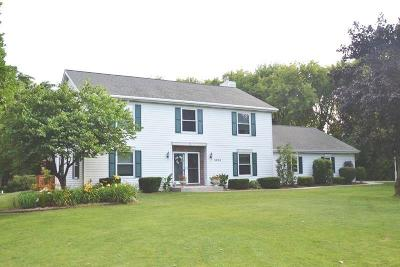West Bend Single Family Home Active Contingent With Offer: 3434 George Ct