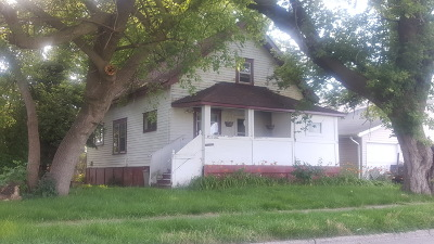 Kenosha County Single Family Home Active Contingent With Offer: 5120 32nd Ave
