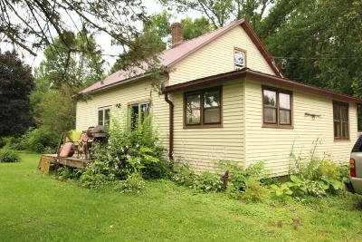 Lake Mills Single Family Home Active Contingent With Offer: W6411 Kasten Rd