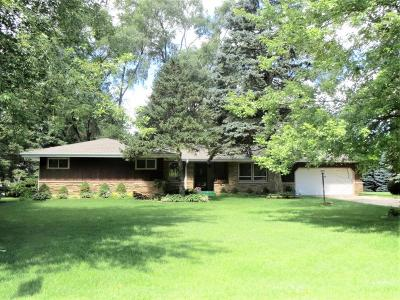 Kenosha Single Family Home Active Contingent With Offer: 4526 63rd Ave