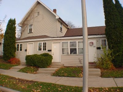 Waukesha Multi Family Home For Sale: 1101 Whiterock Ave