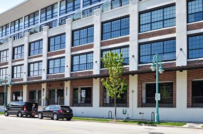 Milwaukee Condo/Townhouse Active Contingent With Offer: 311 E Erie St #209
