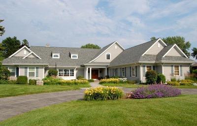 Racine County Single Family Home For Sale: 4105 Lighthouse Dr