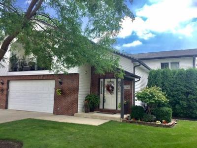 Kenosha Single Family Home For Sale: 8547 36th Ave