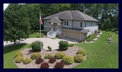 Cambridge Single Family Home For Sale: W9225 Forested Rd