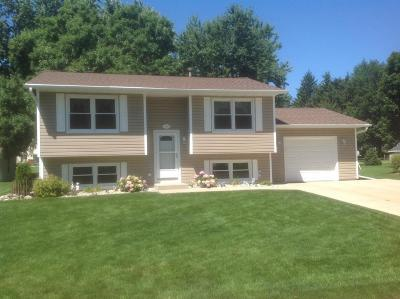 Watertown Single Family Home Active Contingent With Offer: 1512 Lawnview Lane