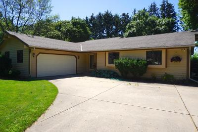 Elm Grove Single Family Home For Sale: 12655 Meadow Dr