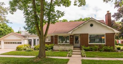 Whitefish Bay Single Family Home For Sale: 1540 E Fairmount Ave