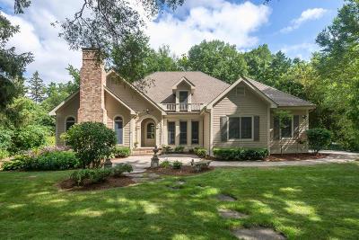 Elm Grove Single Family Home For Sale: 14840 Juneau Blvd