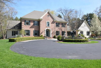 Mequon Single Family Home Active Contingent With Offer: 3000 W County Line Rd