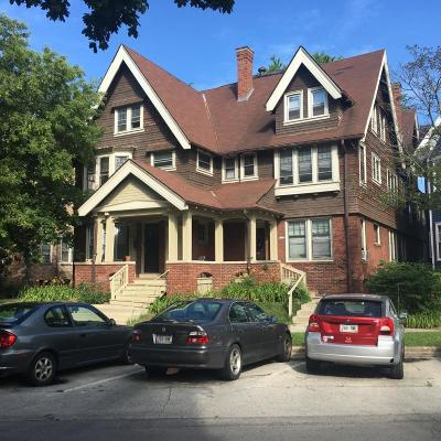 Milwaukee Multi Family Home For Sale: 1862 N Cambridge