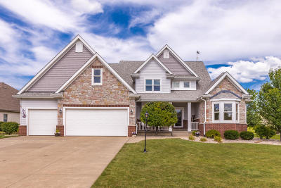 Kenosha County Single Family Home Active Contingent With Offer