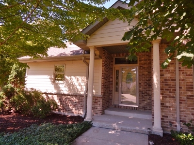West Bend Condo/Townhouse For Sale: 1030 Schloemer Dr