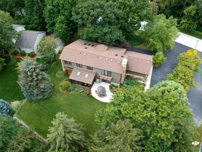 Brookfield Single Family Home Active Contingent With Offer: 1550 Constitution Dr