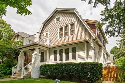 Milwaukee Two Family Home For Sale: 1004 E Auer Ave #1006