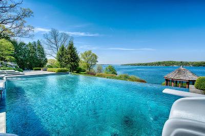 Lake Geneva Single Family Home For Sale: 1002 S Knoll Ln