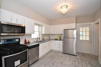 Walworth Single Family Home Active Contingent With Offer: 231 Maple