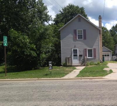 Single Family Home For Sale: 426 N High St