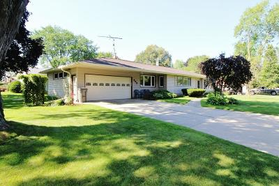 Watertown Single Family Home For Sale: 503 Carl Schurz Dr