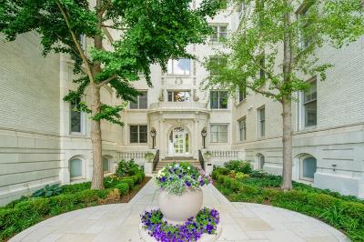 Milwaukee Condo/Townhouse For Sale: 777 N Prospect Ave #NP2