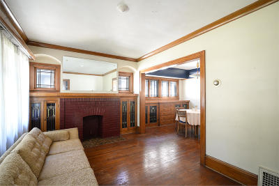 Milwaukee Single Family Home Active Contingent With Offer: 4813 W Wells St