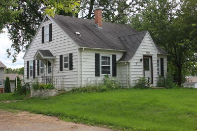 Watertown Single Family Home Active Contingent With Offer: 1201 W Main St