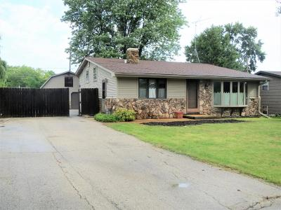 Pleasant Prairie Single Family Home Active Contingent With Offer: 4216 124th St