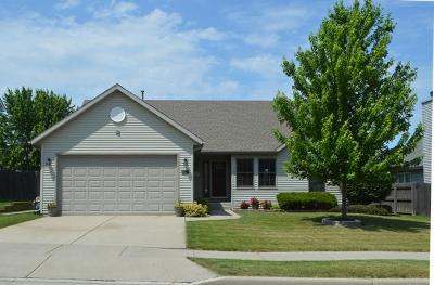 Kenosha Single Family Home Active Contingent With Offer: 3426 86th St