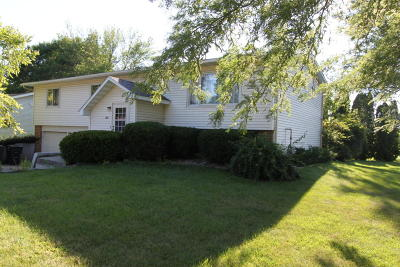 Whitewater Single Family Home For Sale: 220 S Woodland Dr