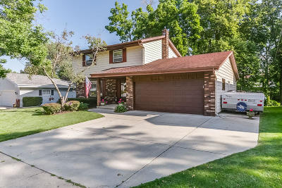 Kenosha Single Family Home Active Contingent With Offer: 3603 14th Place